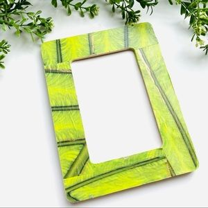 Green leaf abstract wood custom frame 4x6